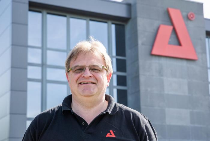 AED Lease - Eddy De Greef - Managing Director