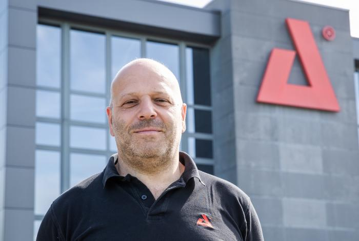 AED Second Hand - Patrick Lorriper - Export Manager